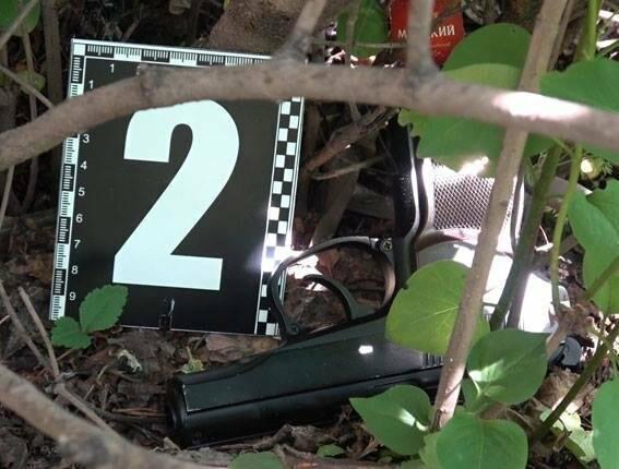 В Сумах поліція затримала хуліганів, які розважались стріляниною по машинам з пневматичної зброї (ФОТО), фото-3