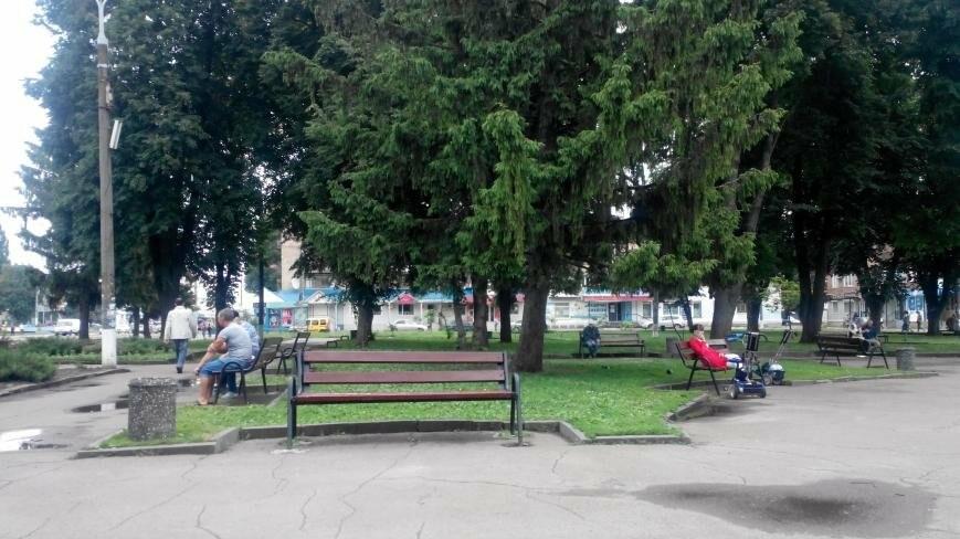 В Конотопі облагородили центр міста, фото-1