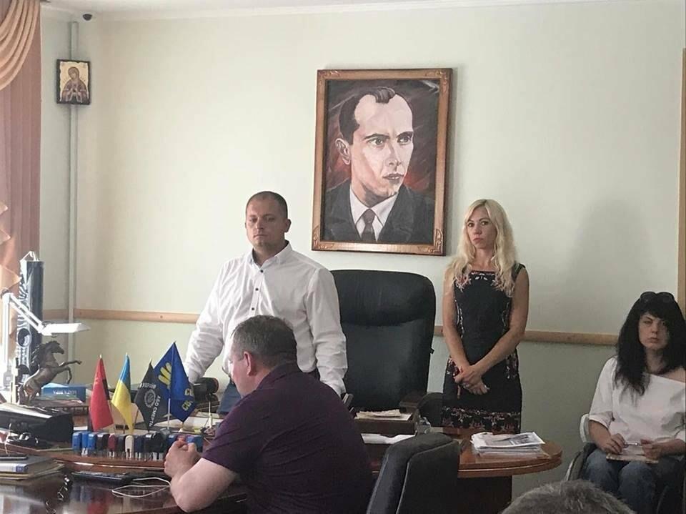 В Конотопі депутати знову проігнорували сесію міськради, фото-2