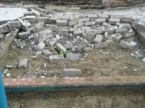 В Конотопі на хлопця, що грався на дитячому майданчику, впала стіна, фото-1