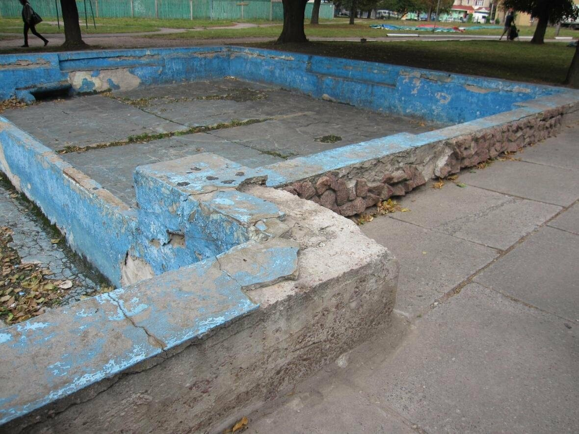 На День міста в Конотопі мали відкрити оновлений парк, фото-1