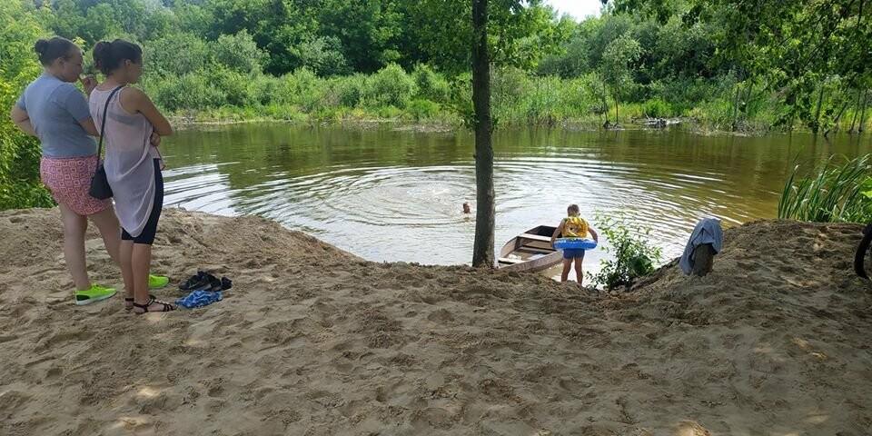 На Конотопщині активісти самотужки влаштували новий пляж, фото-1