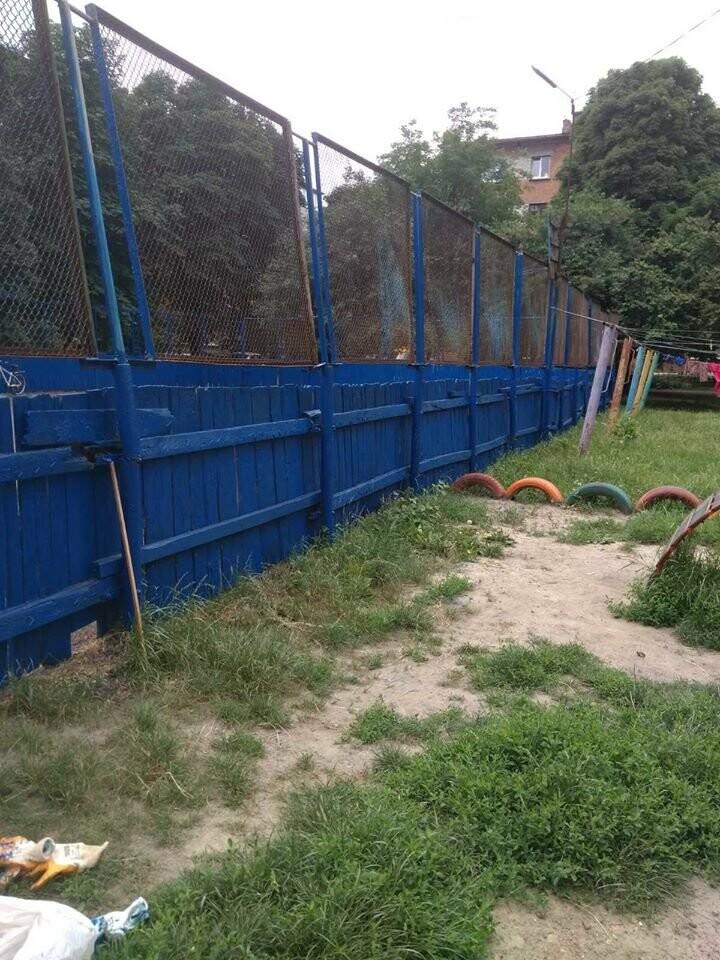 У Конотопі ремонтують спортивні майданчики на Клубній, фото-1
