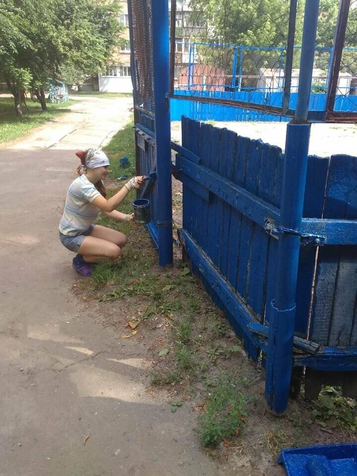 У Конотопі ремонтують спортивні майданчики на Клубній, фото-2
