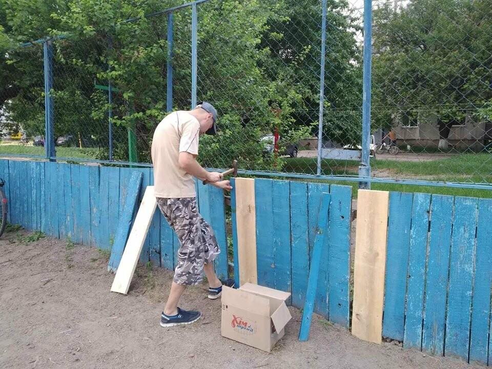 У Конотопі ремонтують спортивні майданчики на Клубній, фото-4