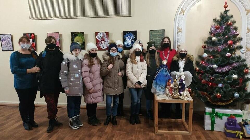 """Конотопські діти створили """"Святковий карнавал"""" масок, фото-20"""