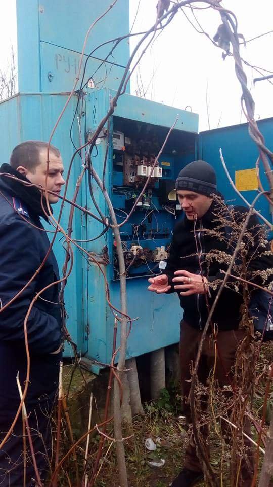 У Конотопі невідомі зламали електрощитову Водоканалу, фото-3