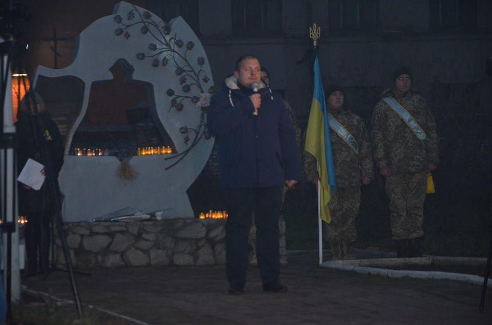 У Конотопі відбувся мітинг-реквієм до Дня пам'яті жертв Голодоморів, фото-2