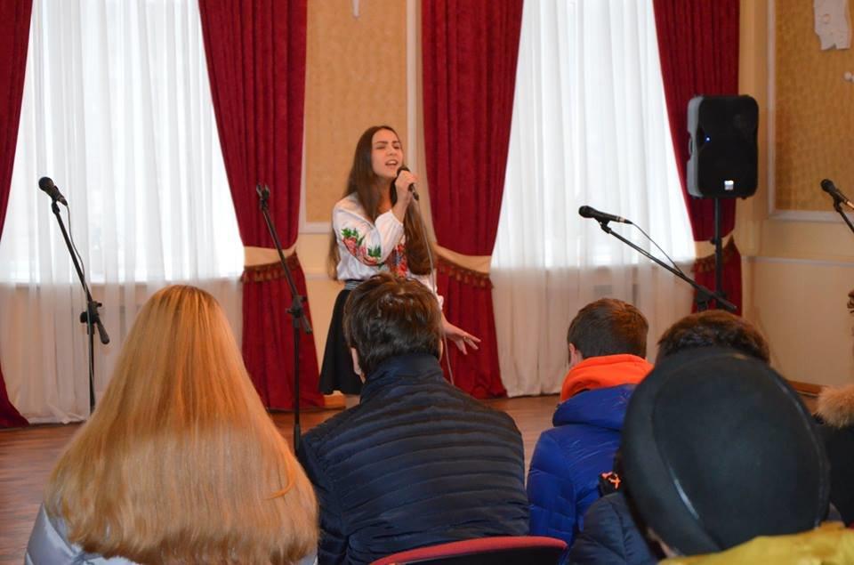 У Конотопі влаштували вечір-реквієм до 85-ї річниці Голодомору , фото-9
