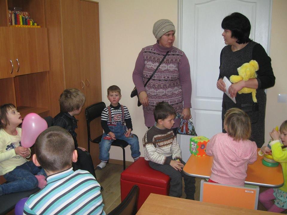 У Конотопі для дітей з інвалідністю провели день відкритих дверей, фото-4