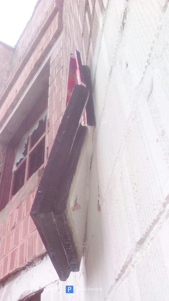 У Конотопі невідомі розгромили роботи вуличних художників, фото-3