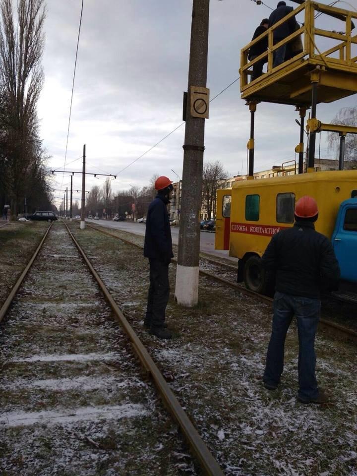 Робітники трамвайного управління ремонтували колії та готувались до зими, фото-2