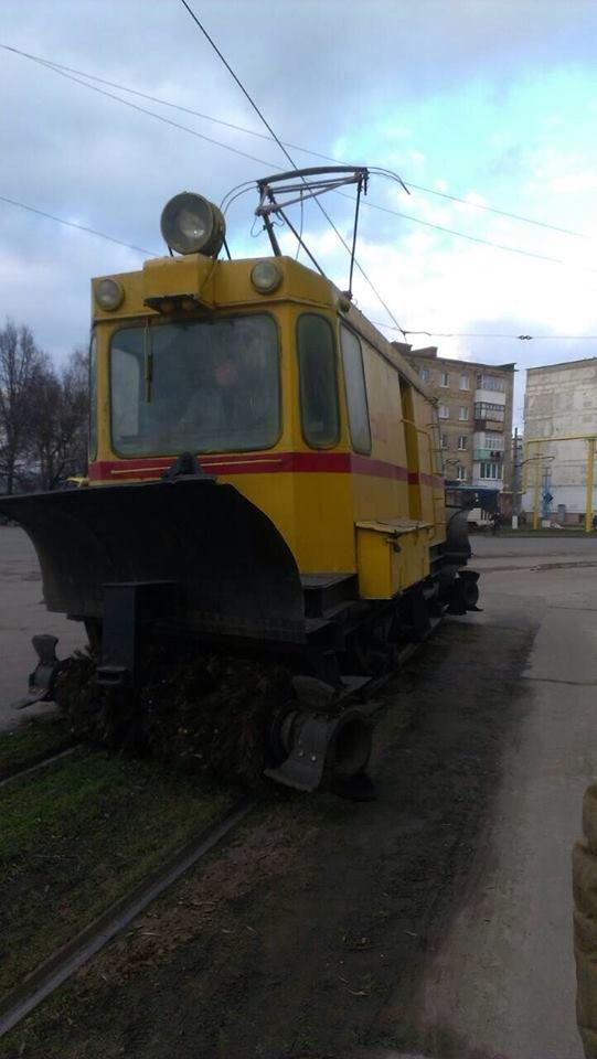 Робітники трамвайного управління ремонтували колії та готувались до зими, фото-5