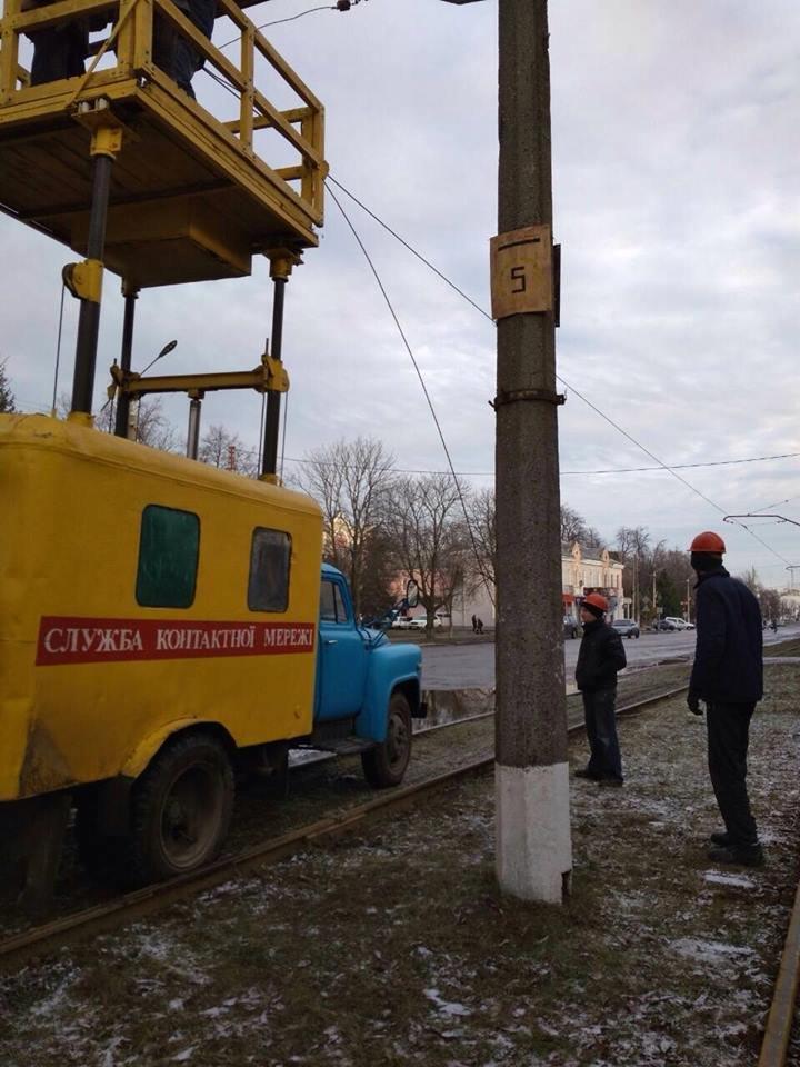 Робітники трамвайного управління ремонтували колії та готувались до зими, фото-1