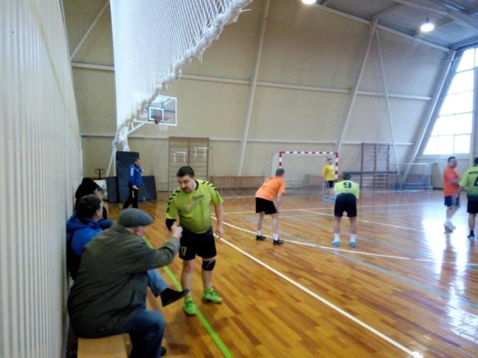 Конотопські гандболісти лідирують на відкритому чемпіонаті Сумщини, фото-3