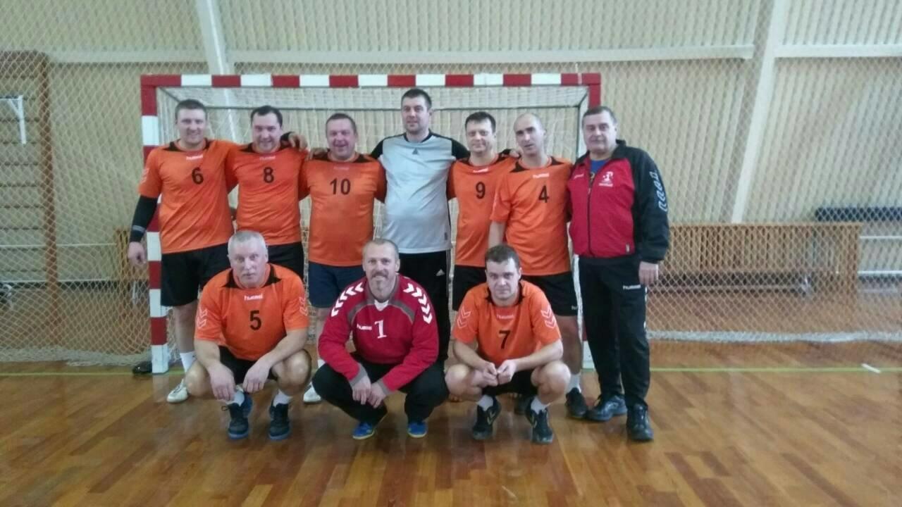 Конотопські гандболісти лідирують на відкритому чемпіонаті Сумщини, фото-5