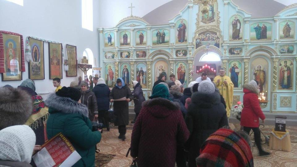 """Активісти """"Правого Сектору"""" відвідали храм в Сахнах, фото-2"""