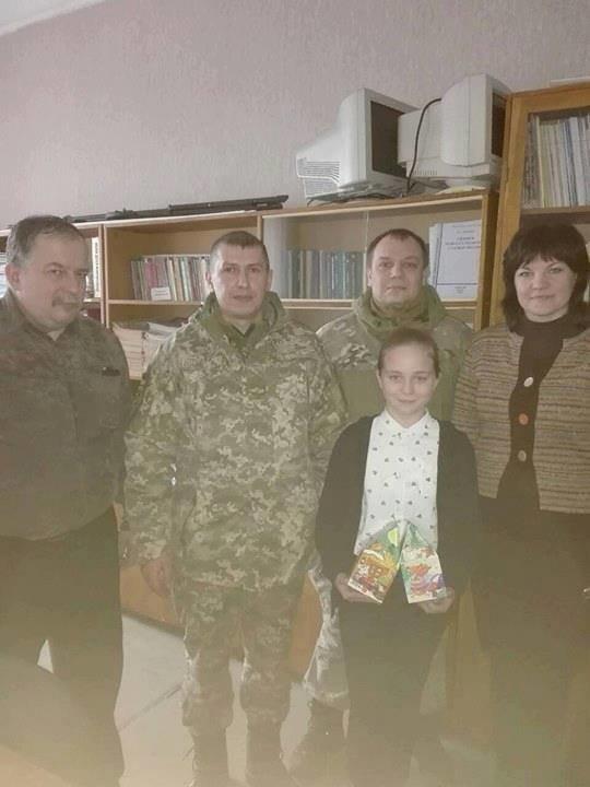 На Конотопщині новорічними подарунками привітали сім'ї загиблих учасників АТО, фото-2