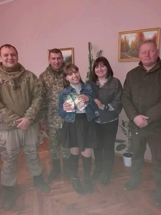 На Конотопщині новорічними подарунками привітали сім'ї загиблих учасників АТО, фото-3