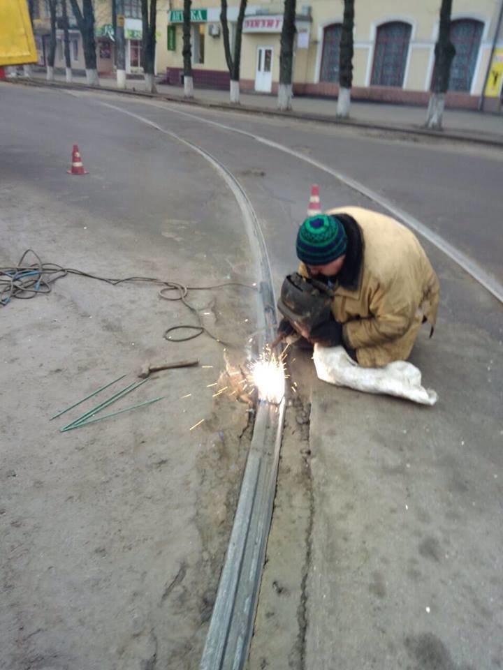 У Конотопі ремонтували трамвайні колії, фото-3
