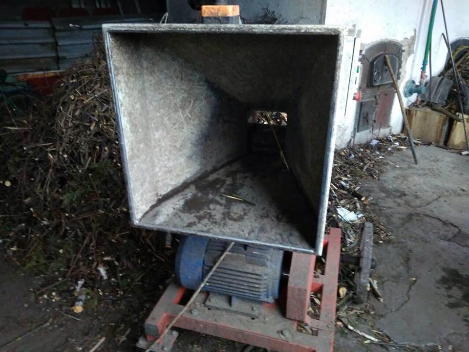Задля економії конотопське трамвайне депо опалюють дровами, фото-2