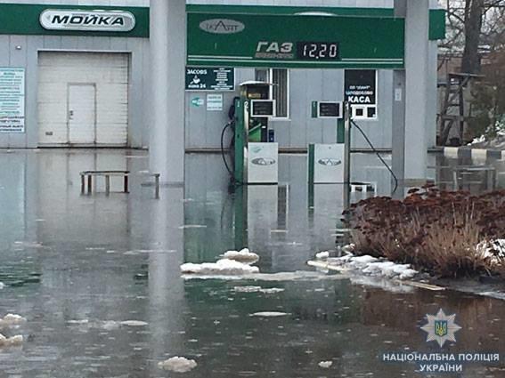 На Сумщині повінь:  через паводок евакуйовано частину жителів Охтирки, фото-1