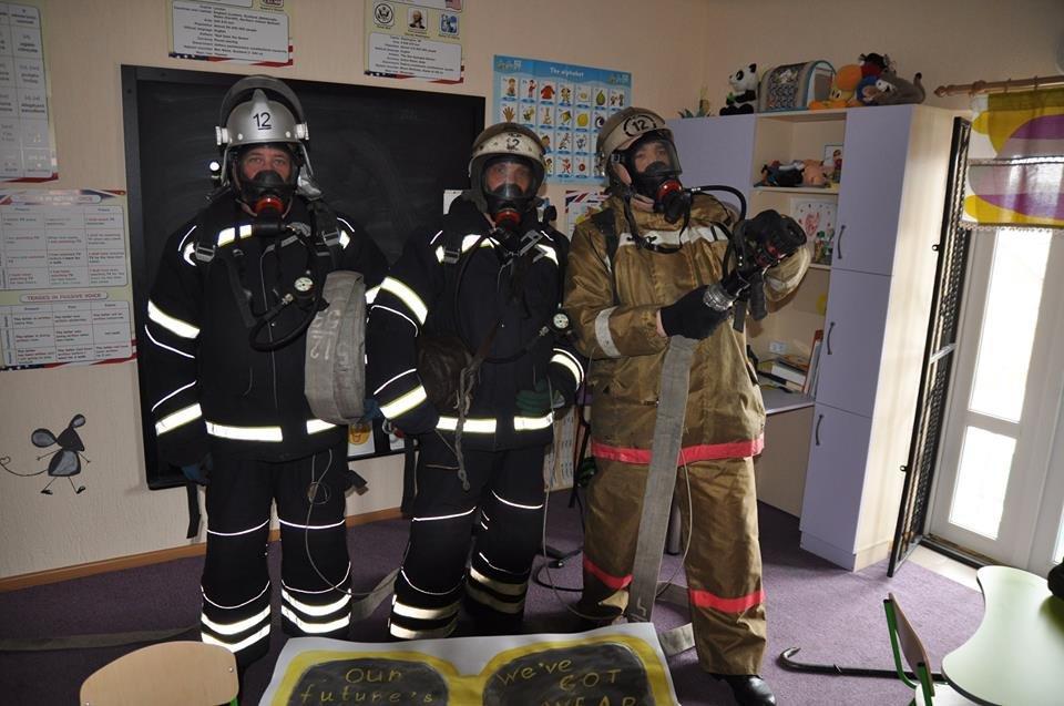 У Конотопі провели пожежні навчання в торгівельному центрі, фото-1