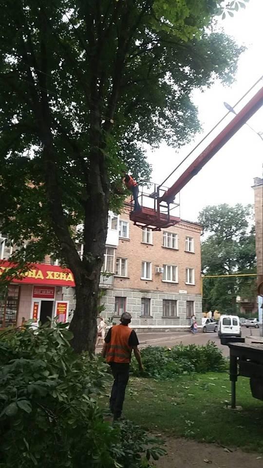 У Конотопі ремонтували вуличне освітлення, фото-2