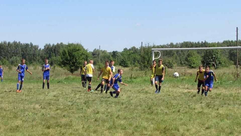 Між дитячими таборами «Мрія» та «Зорька» влаштували спортивні змагання, фото-1