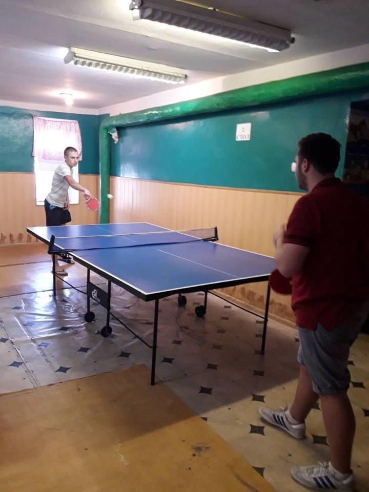 До Дня Незалежності  у Конотопі влаштували змагання з настільного тенісу, фото-1