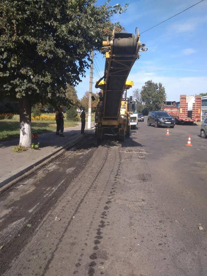 У Конотопі продовжують ремонтувати дороги, фото-1