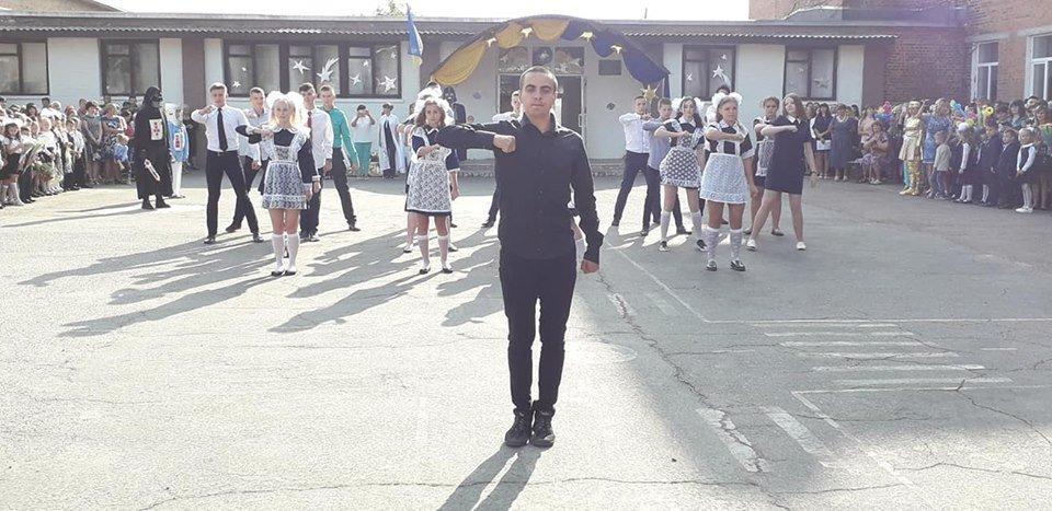 На Перший дзвоник у конотопську школу прийшов Дарт Вейдер, фото-8