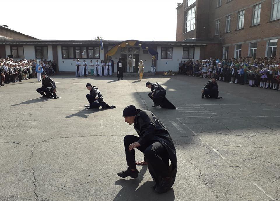 На Перший дзвоник у конотопську школу прийшов Дарт Вейдер, фото-6