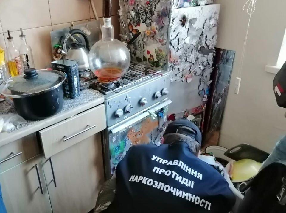У Конотопі викрили нарколабораторію, фото-2