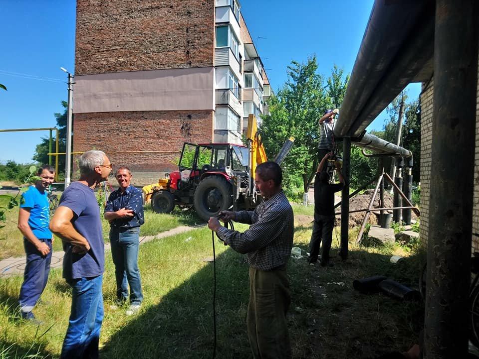 У Конотопі на вул. Клубній капітально ремонтують теплотрасу, фото-2