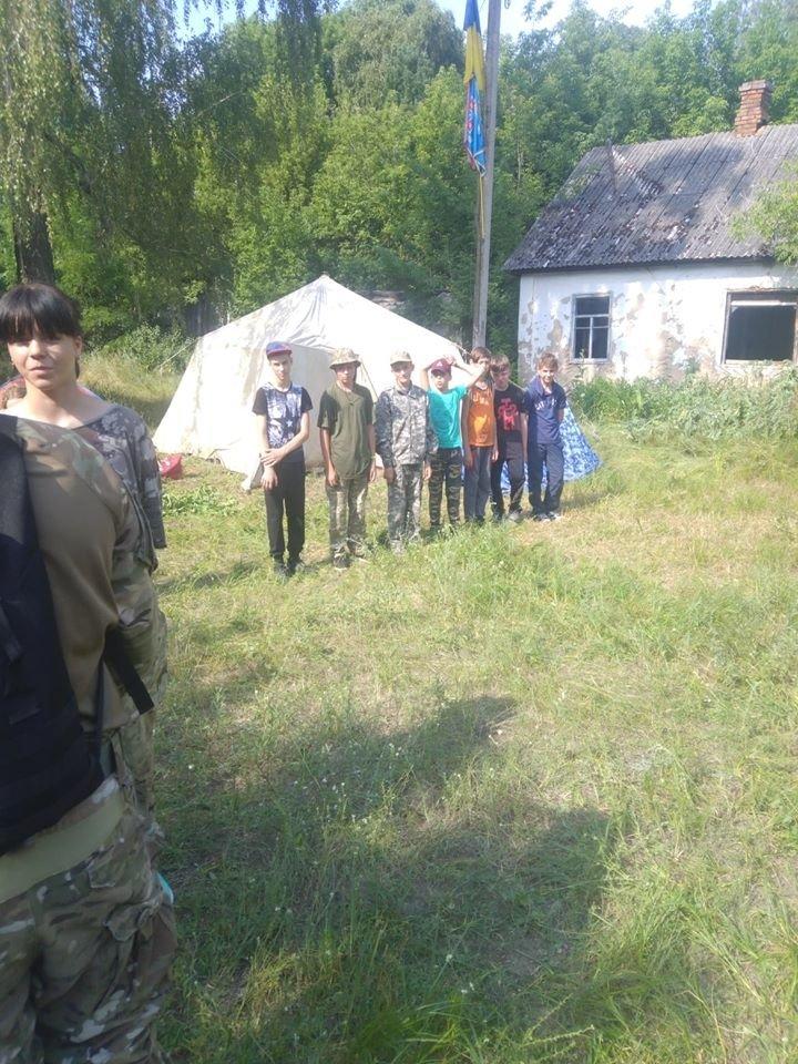 На Конотопщині для молоді провели козацьке таборування, фото-6