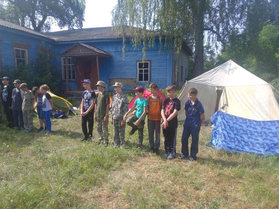 На Конотопщині для молоді провели козацьке таборування, фото-2