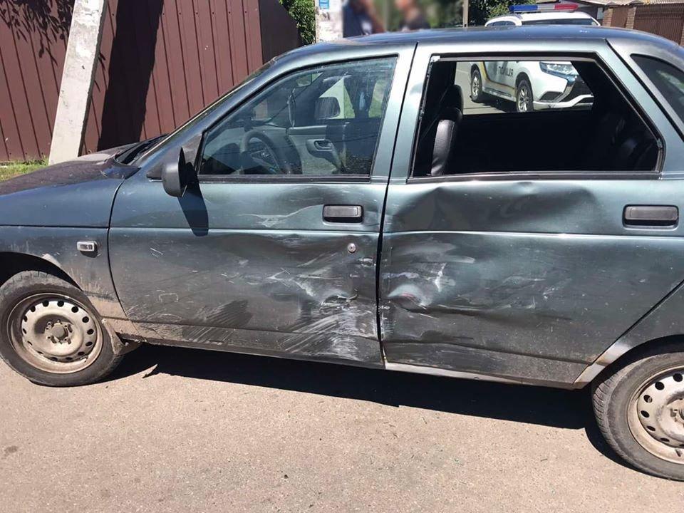 У Конотопі 14-річний підліток-мотоцикліст зіткнувся з авто, фото-2