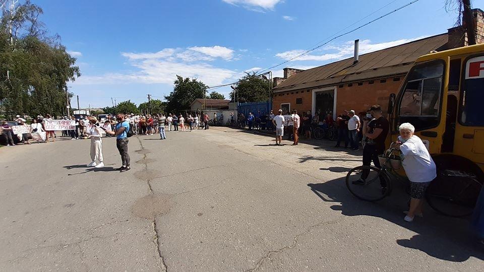 Жителі Конотопщини вийшли на мітинг проти смороду від Попівського спиртзаводу, фото-9