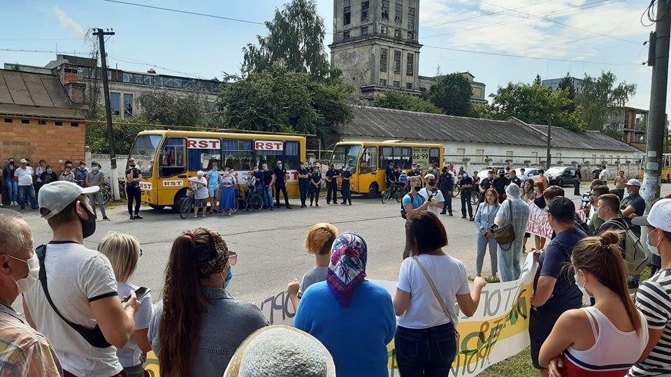 Жителі Конотопщини вийшли на мітинг проти смороду від Попівського спиртзаводу, фото-14