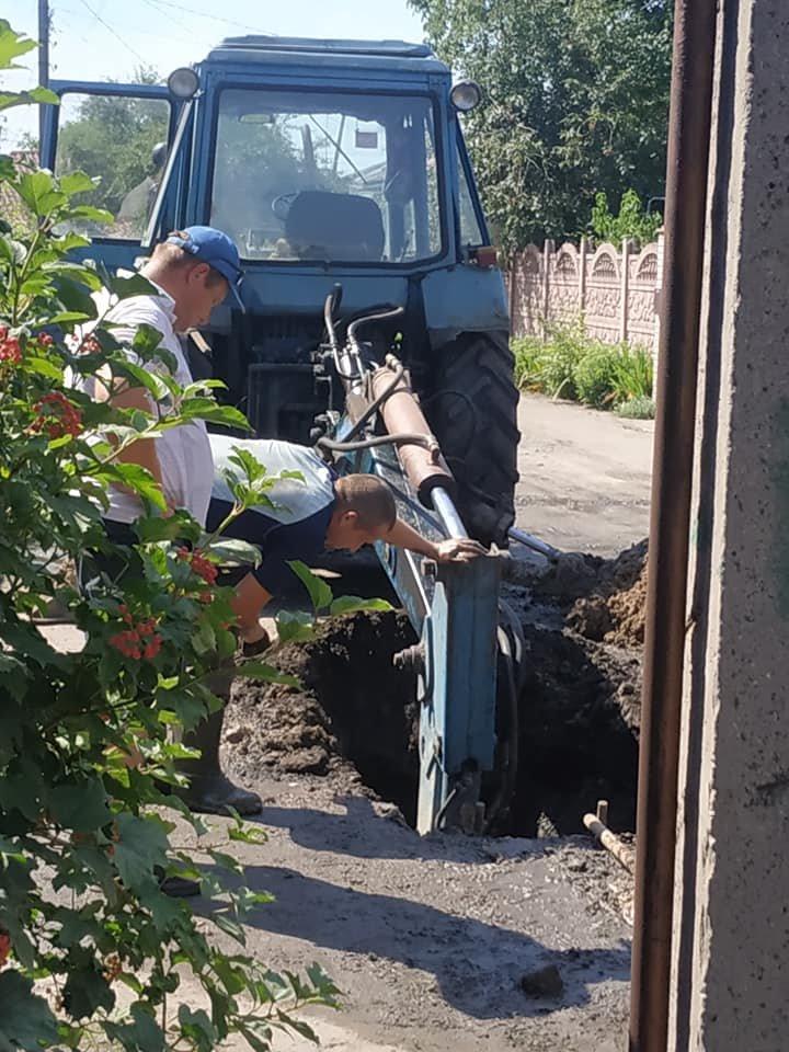 У Конотопі ремонтують водопровід на вул. Фізкультурній+ФОТО, фото-1