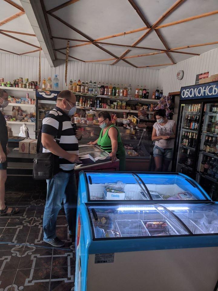 На Конотопщині перевіряли, чи носять маски в магазинах, фото-6