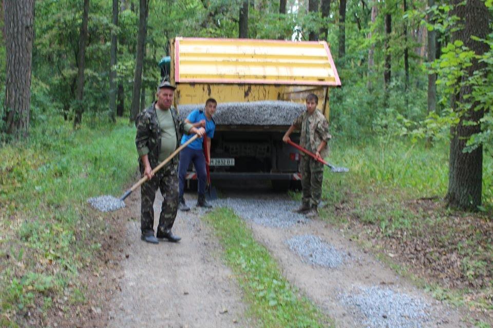 На Конотопщині ремонтують лісові дороги+ФОТО, фото-3