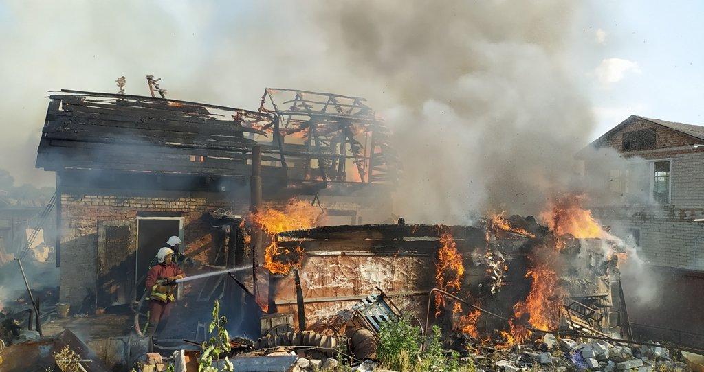 У Конотопі на пожежі постраждав чоловік, фото-1