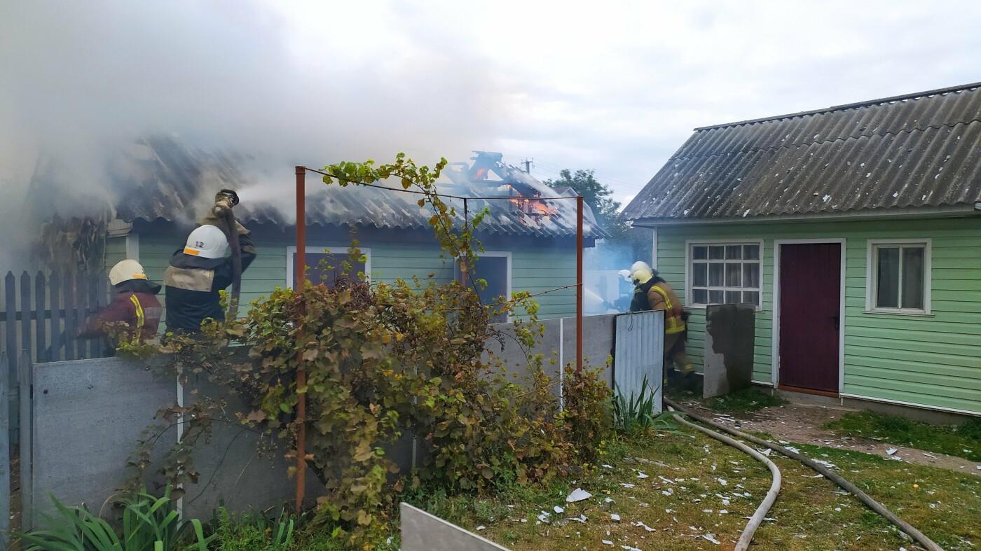 На Конотопщині вогнеборці врятували будинок від пожежі, фото-4