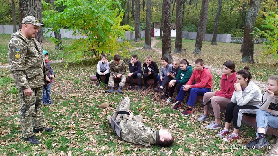 На Конотопщині пройшов військово-патріотичний вишкіл для молоді, фото-1