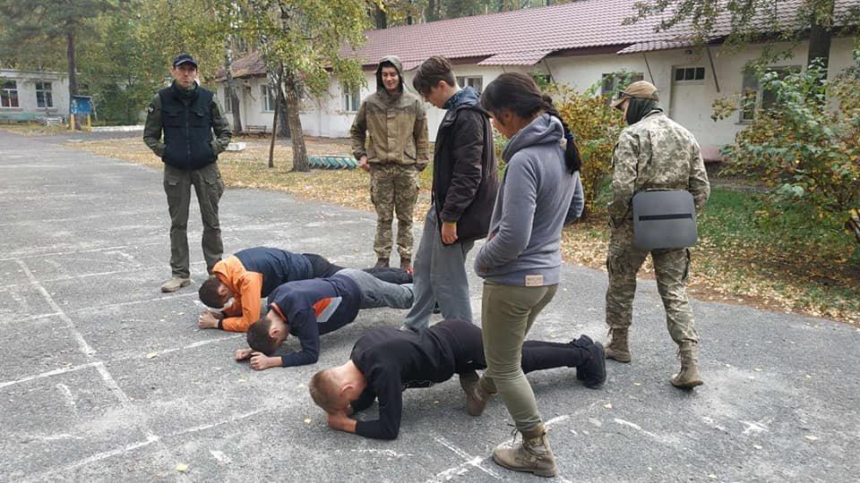 На Конотопщині пройшов військово-патріотичний вишкіл для молоді, фото-5