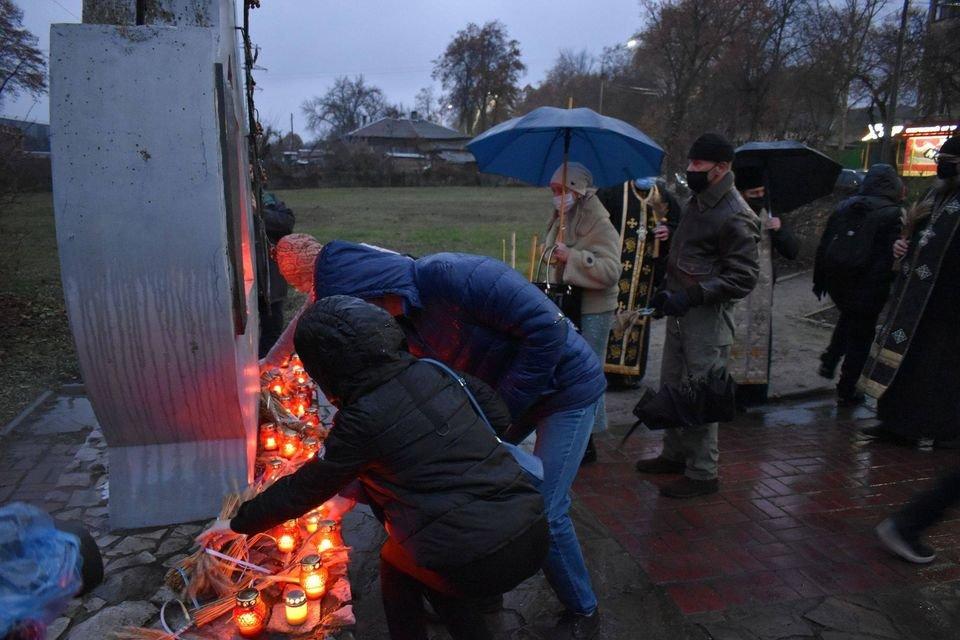 У Конотопі вшанували трагічну річницю Голодомору+ФОТО, ВІДЕО, фото-6
