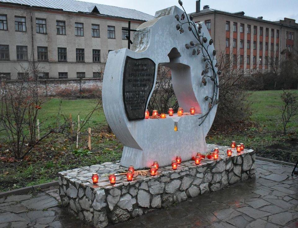 У Конотопі вшанували трагічну річницю Голодомору+ФОТО, ВІДЕО, фото-7