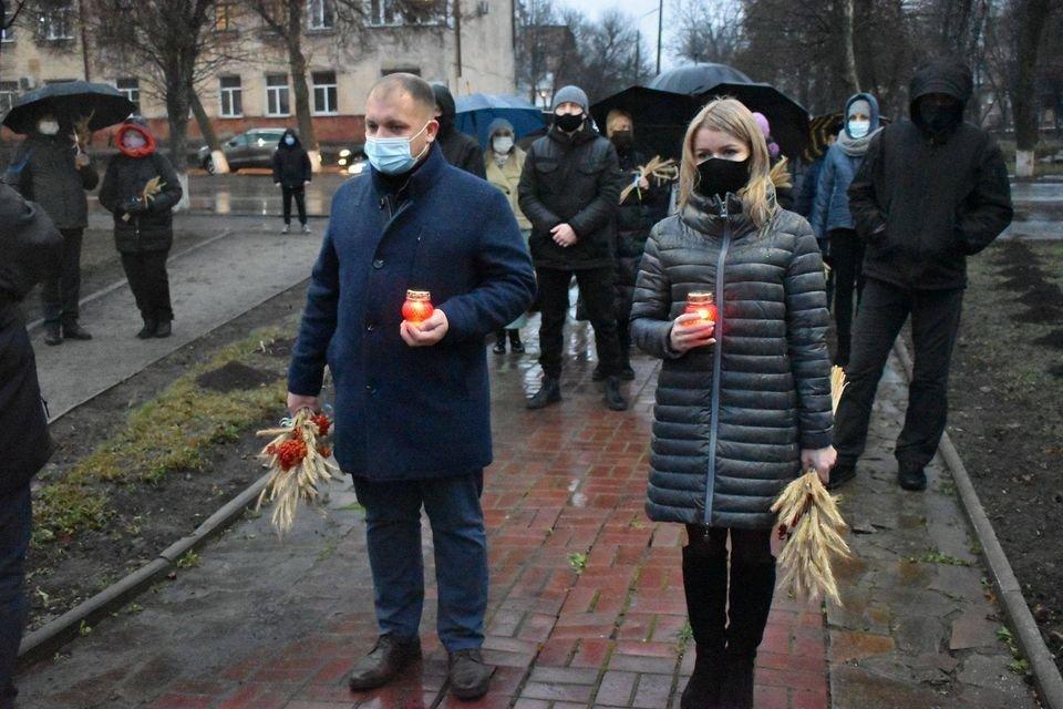 У Конотопі вшанували трагічну річницю Голодомору+ФОТО, ВІДЕО, фото-3